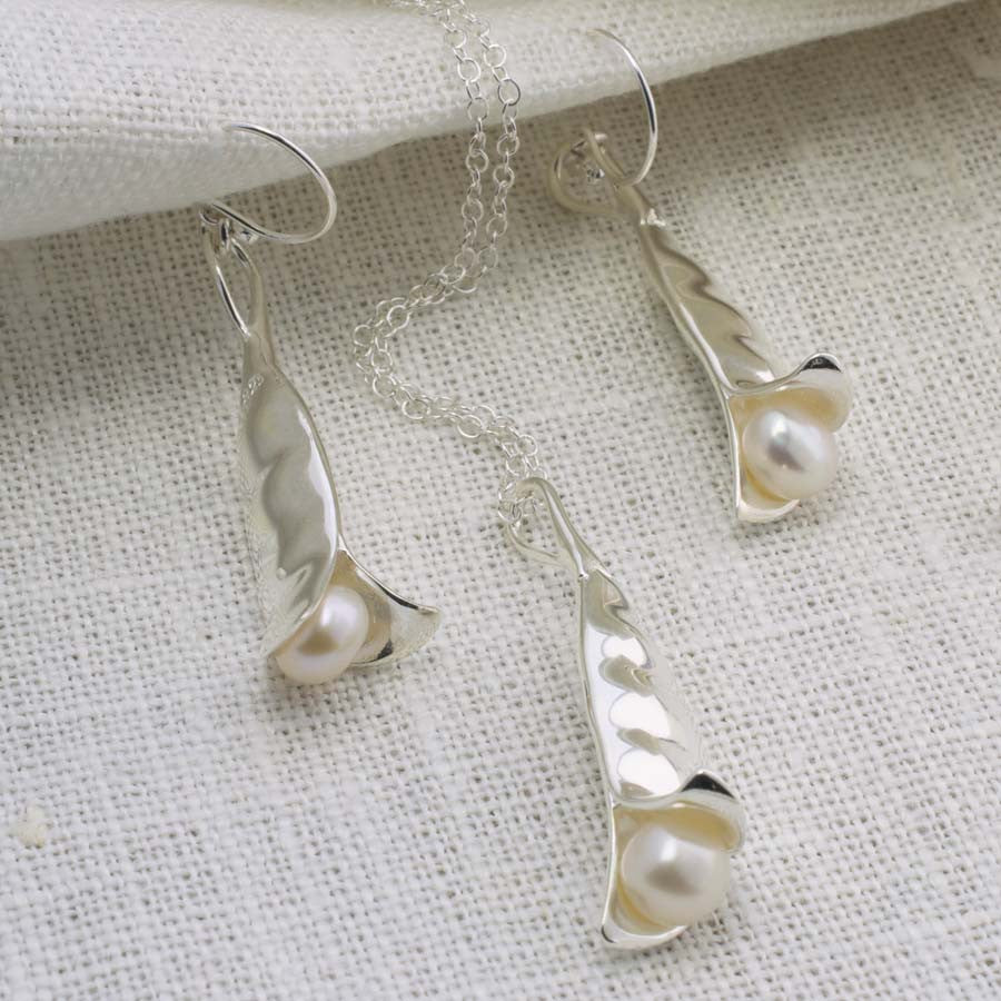 Sterling Silver Peapod Jewellery Set by Martha Jackson