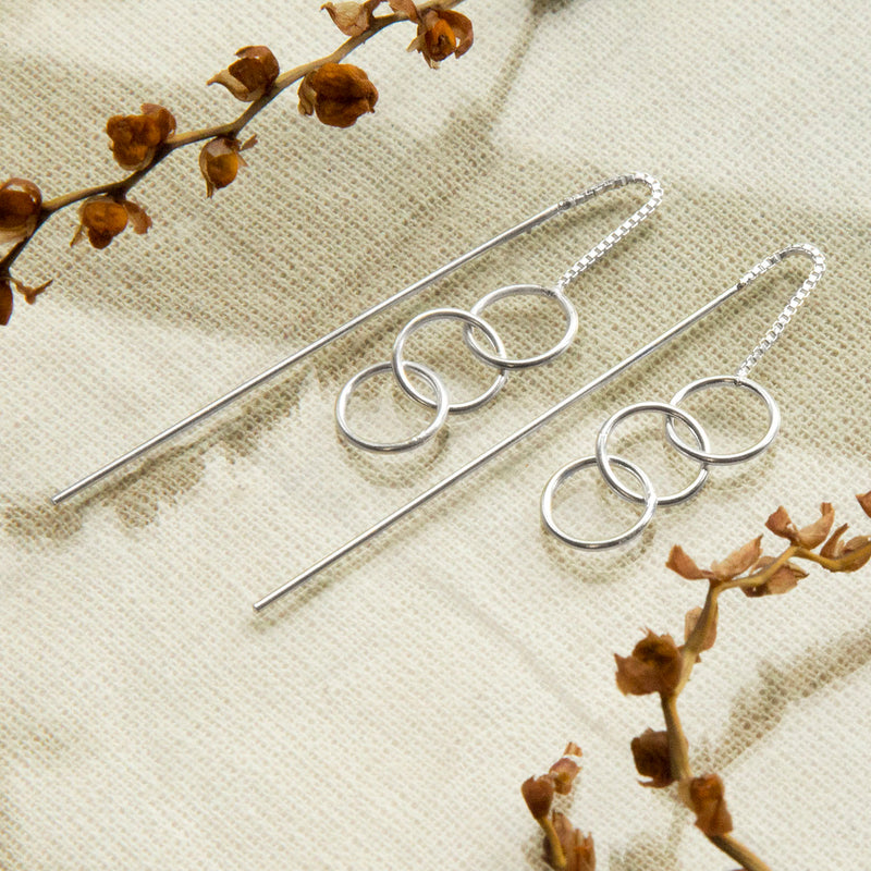 Silver Delicate Rings And Rod Threader Earrings