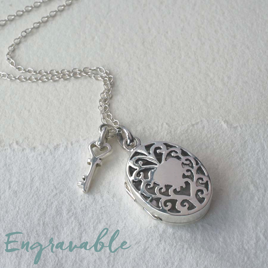 Silver Vintage Oval Locket