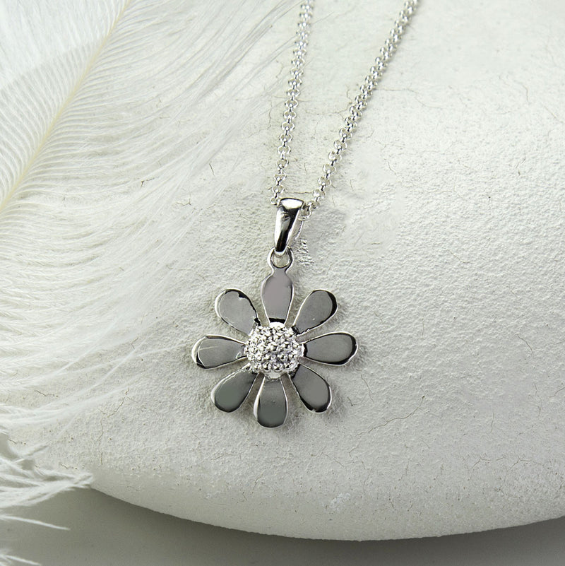 Silver Contemporary Daisy Necklace