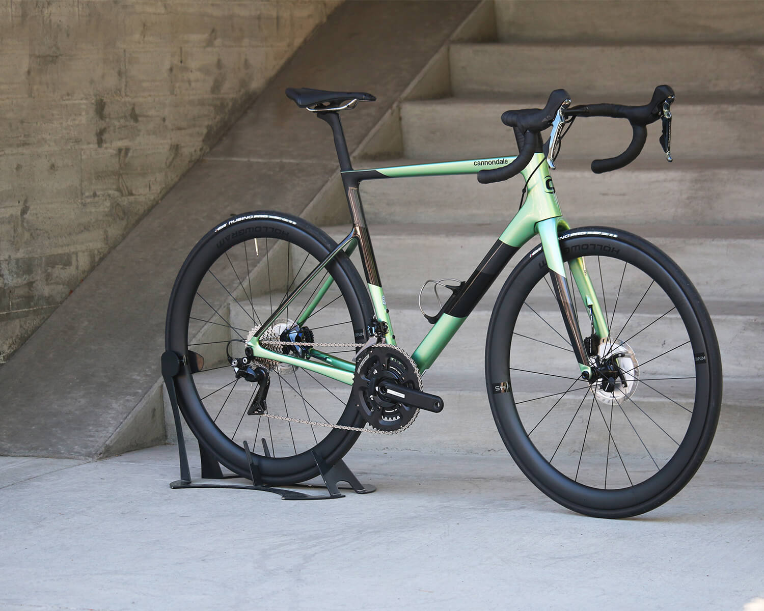 2020 Cannondale SuperSix EVO Side Profile - Contender Bicycles