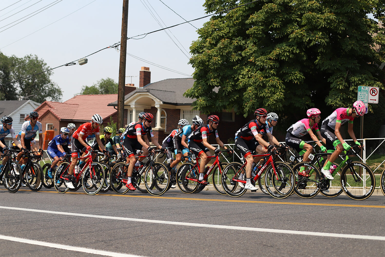 Contender Salt Lake City Stage Tour of Utah 2018 peloton behind the capitol with BMC Racing Team