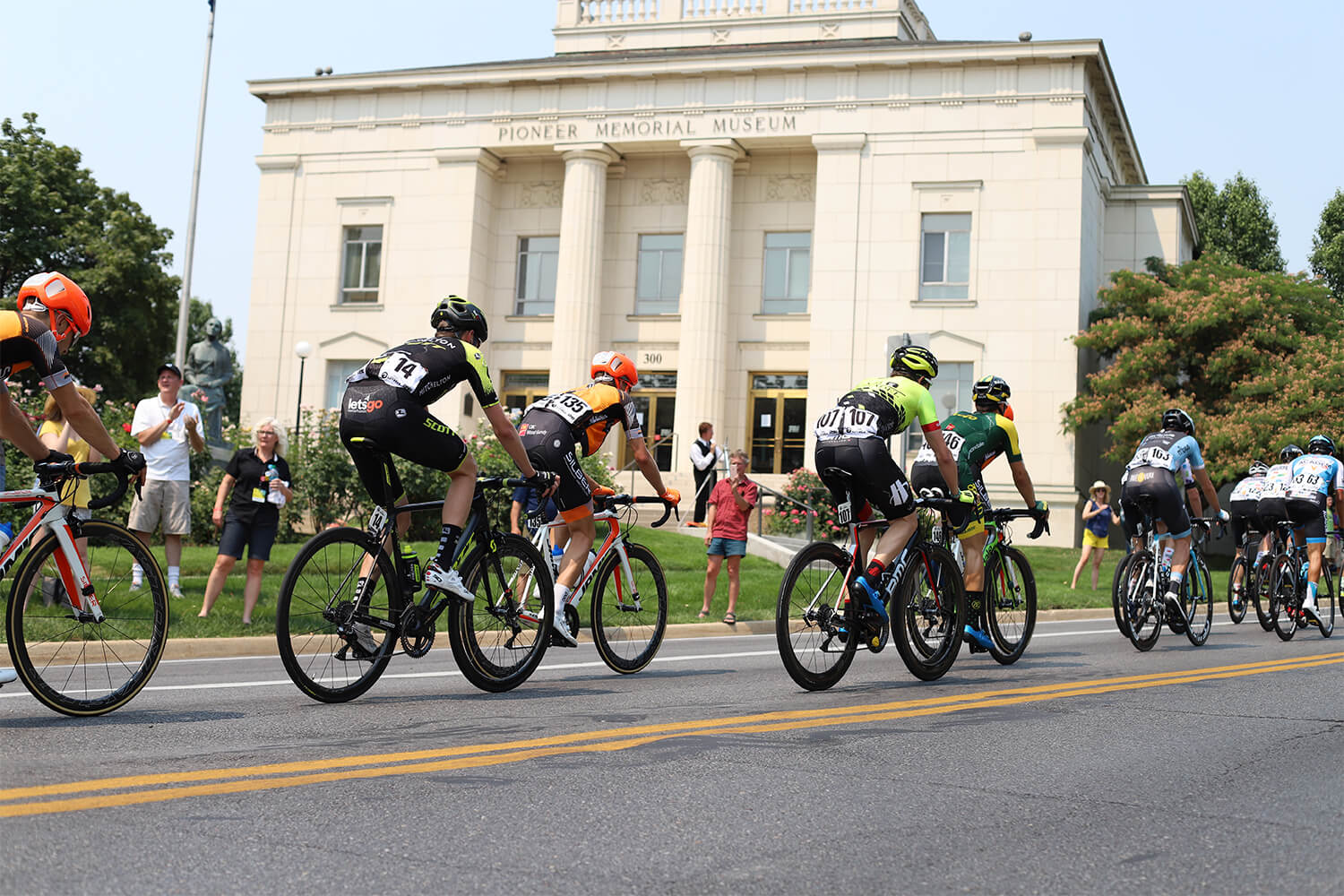 Contender Salt Lake City Stage Tour of Utah 2018 peloton west side of capitol building
