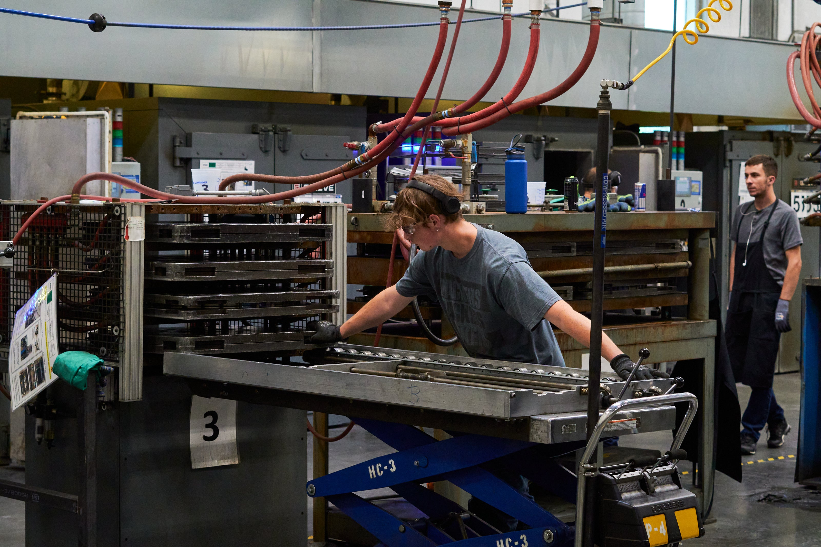 ENVE Factory tour with Contender Bicycles - carbon going into oven