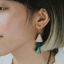 Load image into Gallery viewer, WoonHung: Vera Earrings