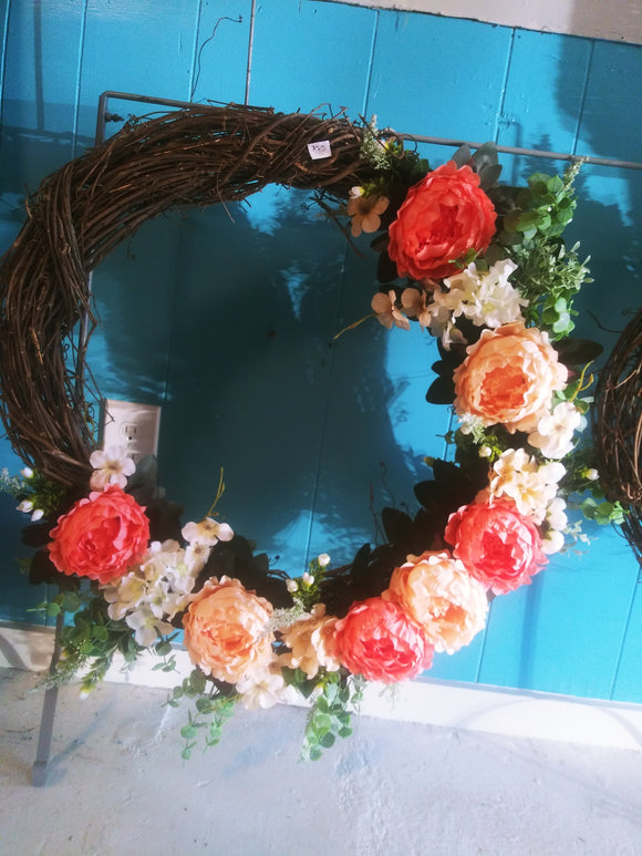 20in Grapevine Wreath Pink Floral
