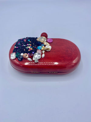 Open image in slideshow, Handcrafted Oval Resin with embellishment of pearls and stones Clutch