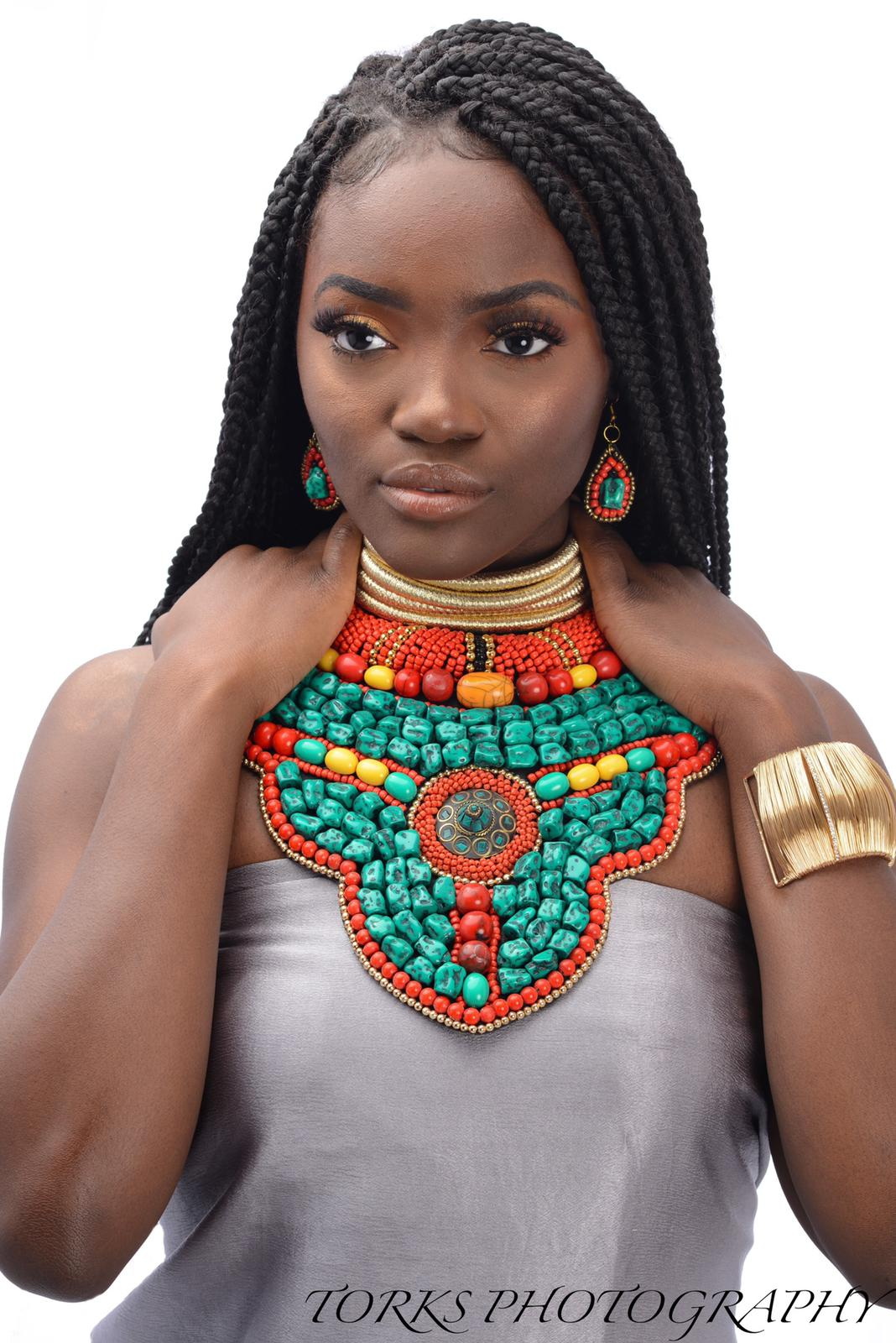 turquise and stone bead collar necklace