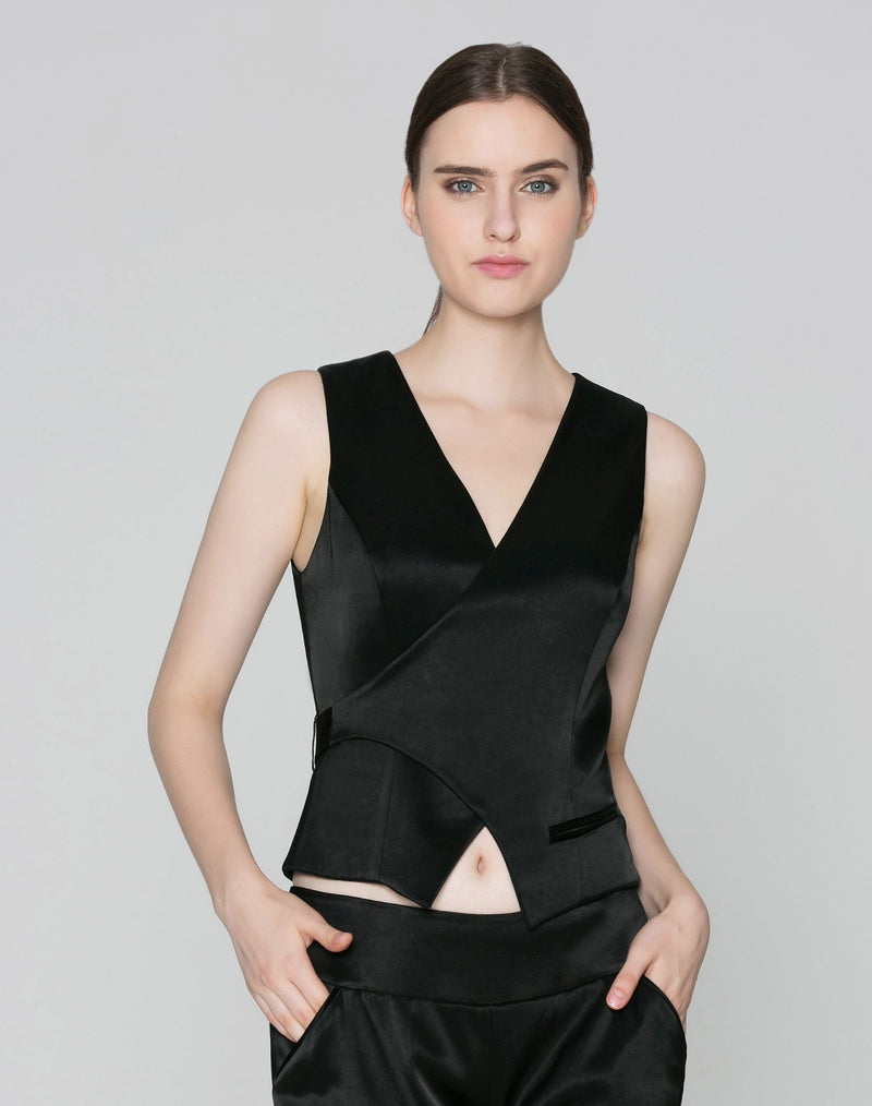 Sophia Reversible Vest in Black