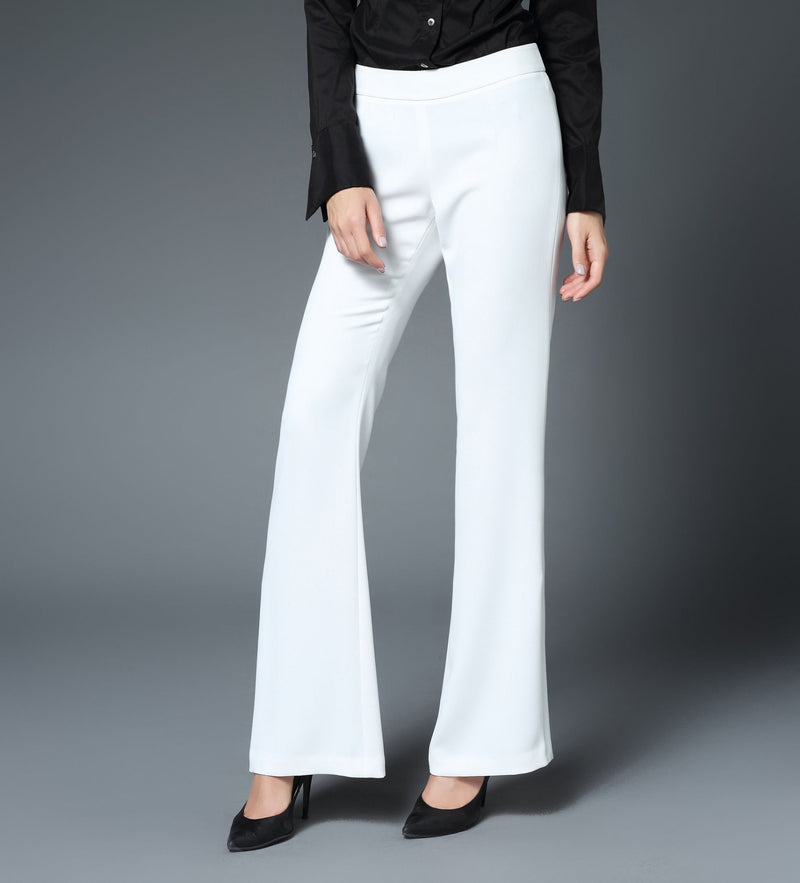 Taylor Fit & Flare Vented Leg Pant in White
