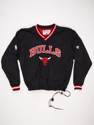 Chicago Bulls Embroidered Nylon Pullover Black / Red / White Size XL