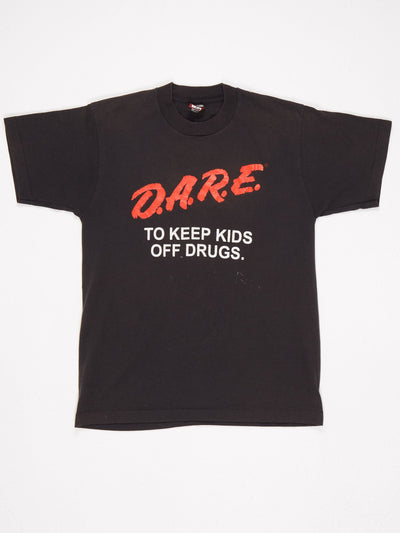 D.A.R.E. Printed T-Shirt Black / Red / White Size Medium