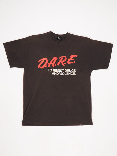 DARE To Resist Drugs and Violence Big Logo Printed T-Shirt Black / Red / White Size Large