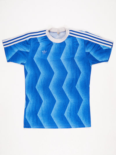 Adidas Zig Zag Print Football shirt with Small Logo Blue / White Size Medium