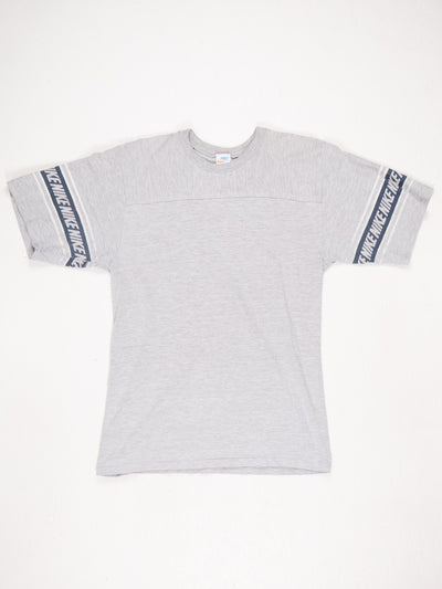 Nike T-Shirt with Logo Banding around the Sleeves Grey / White Size XL
