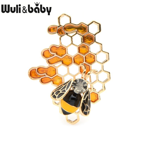 Bee on Honeycomb Pin