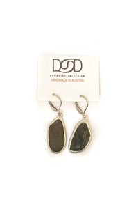 Natural shape earrings No 10
