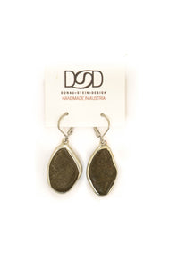 Natural shape earrings No 17