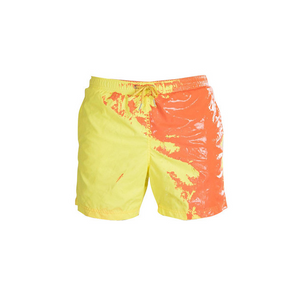 Discoloration shorts in water