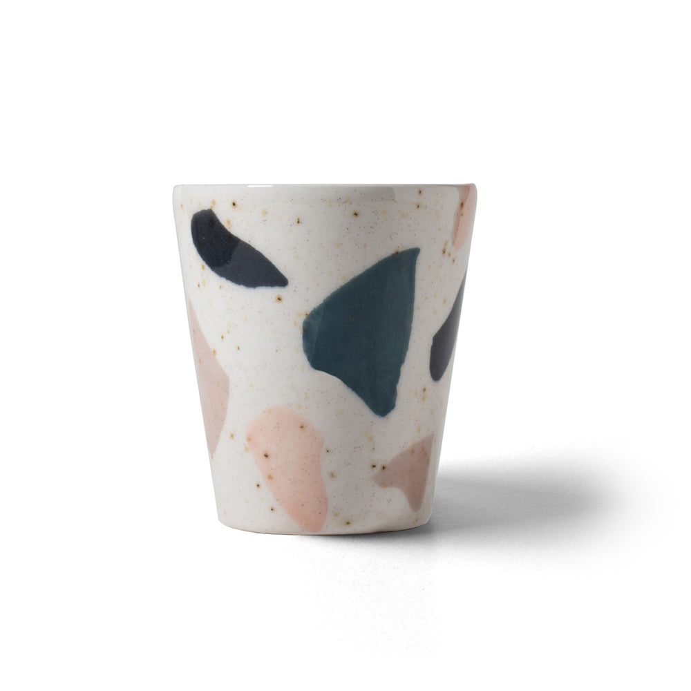 Laden Sie das Bild in den Galerie-Viewer, Terrazzo – Becher / Vase