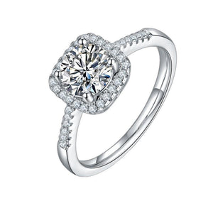 1.0Ct 6.5mm VVS1 Moissanite Diamond Engagement Ring