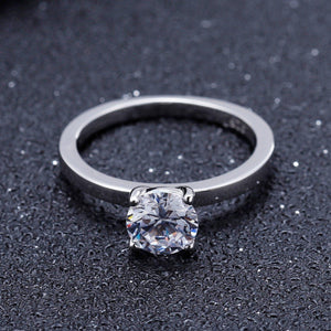 0.5Ct 5mm EF Color Moissanite Lab Diamond Solitaire Engagement Ring