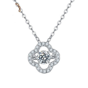 5.0mm D Color 0.5Ct Moissanite Diamond Clover Pendant Necklace