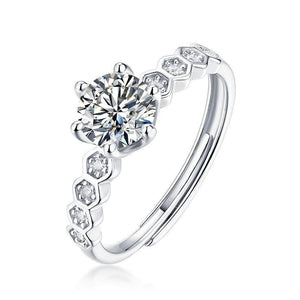 0.5Ct 5mm VVS1 Moissanite Diamond Antique Style Ring