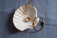 Load image into Gallery viewer, Porcelain seashell jewellery dish white & gold - ZLATNAporcelain