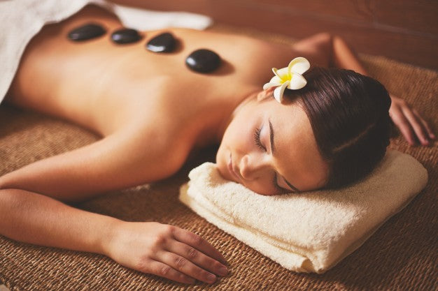 Tat Shila (Hot Stone Massage)