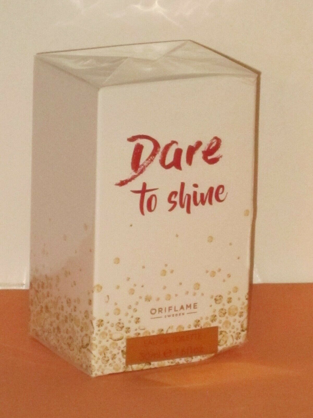 ORIFLAME SWEDEN DARE TO SHINE (FLORAL/ FRUITY) EAU DE TOILETTE SPRAY 50 ml. NEW!