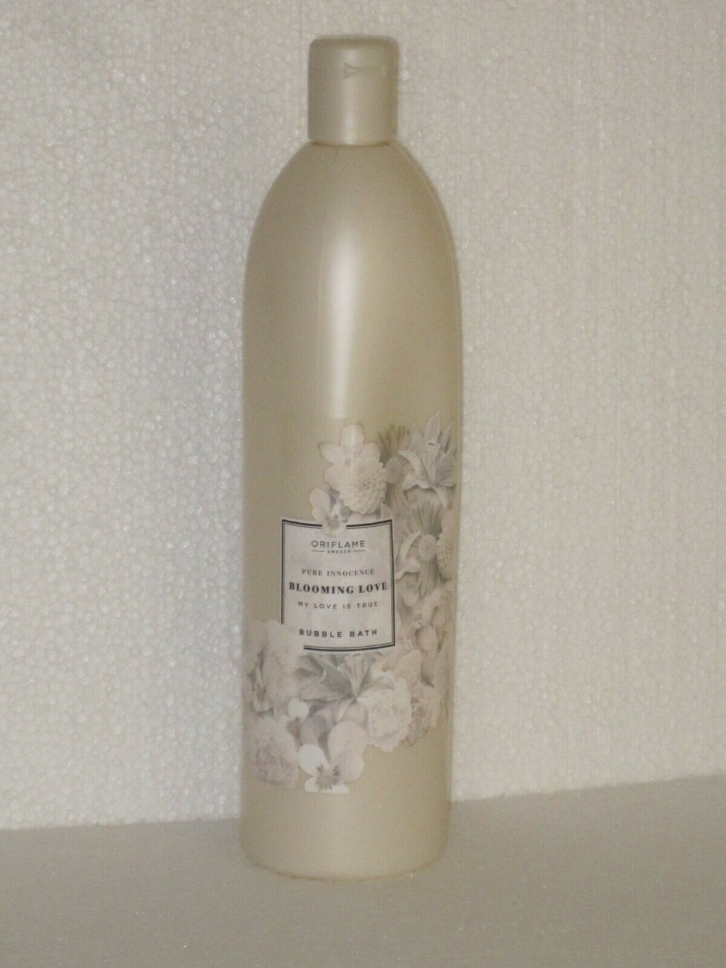 ORIFLAME SWEDEN PURE INNOCENCE BLOOMING LOVE BUBBLE BATH JUMBO 750 ml.NEW!