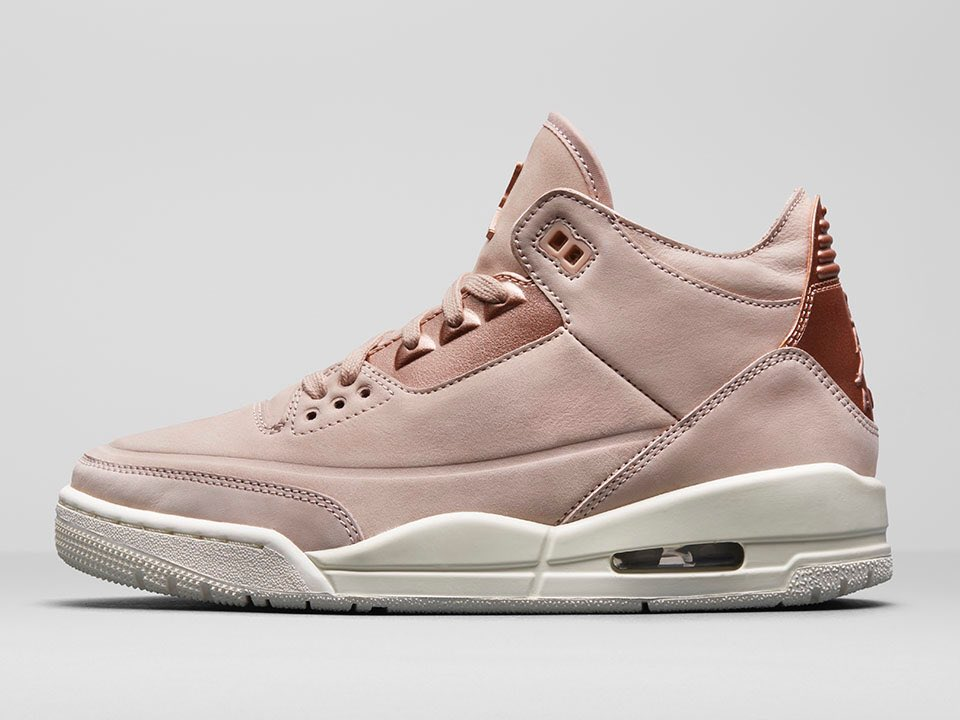 276b4be92d4d Womens Air Jordan 3 Retro SE Particle Beige Metallic Red Bronze Sail  AH7859-205
