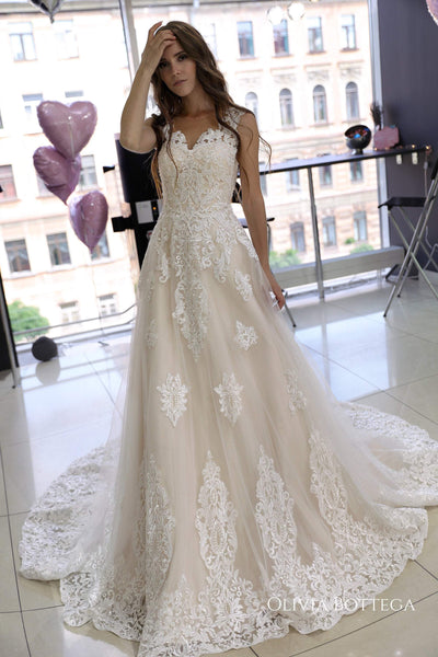 Classic A-line wedding dress Heitys - oliviabottega
