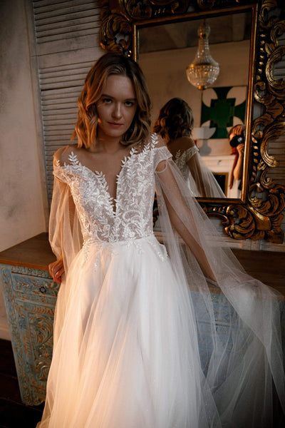 Wedding dress Whitney by Olivia Bottega with separate sleeves-wings. Tulle wedding sparkly skirt.  Lace top without corset. - oliviabottega