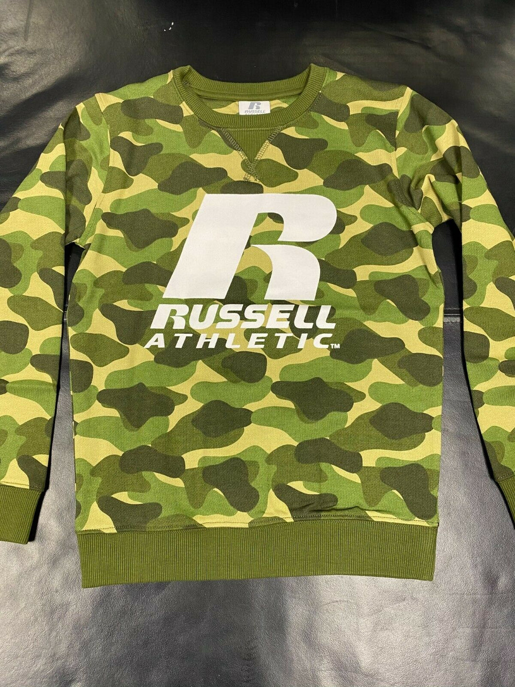 RUSSELL ATHLETICS BOYS SWEAT SHIRT - CAMO  (0018 A70)