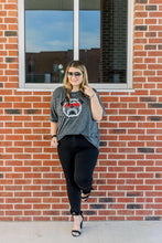 Load image into Gallery viewer, Curvy No Shade UGA Tee
