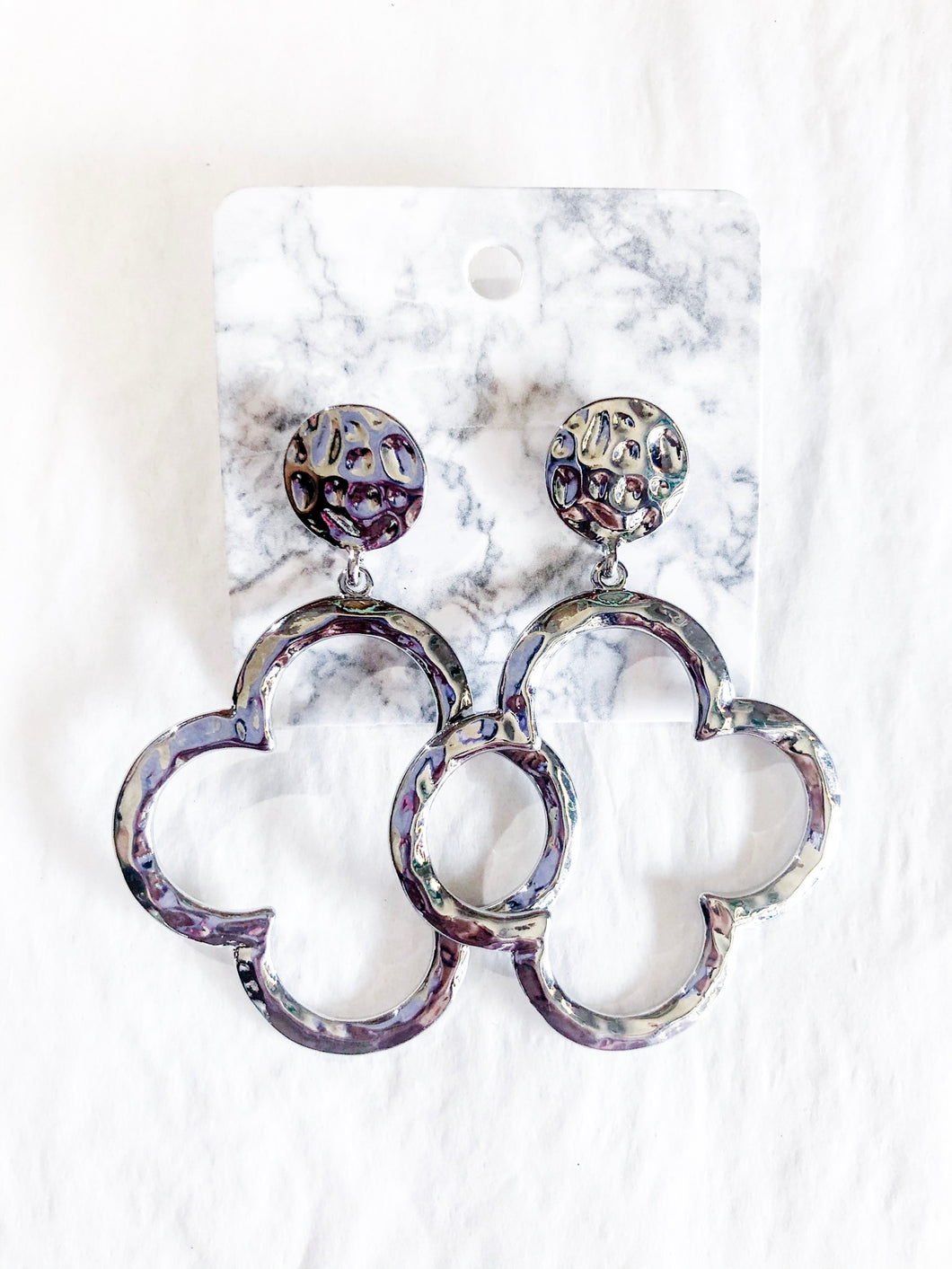 Queen Q Earrings Silver