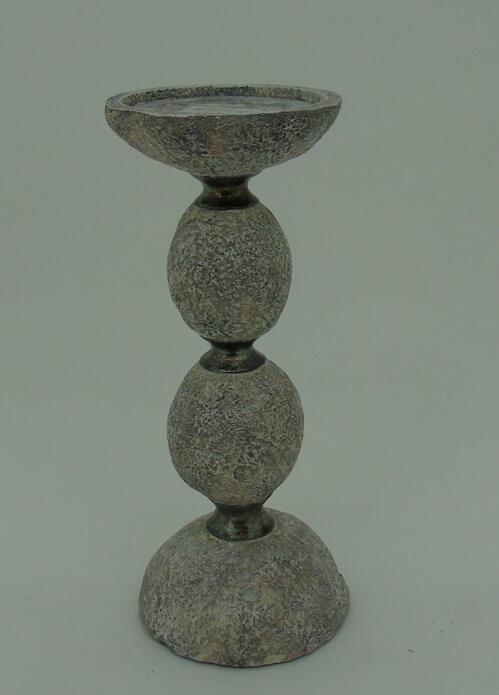 31.7Cmh Poly Candle Holder.