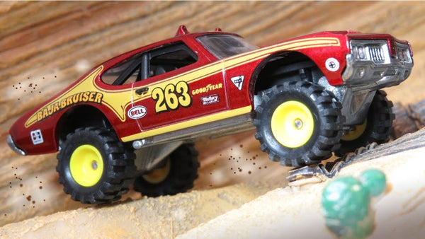 Hot Wheels Car Culture Desert Rally - 70 Oldsmobile