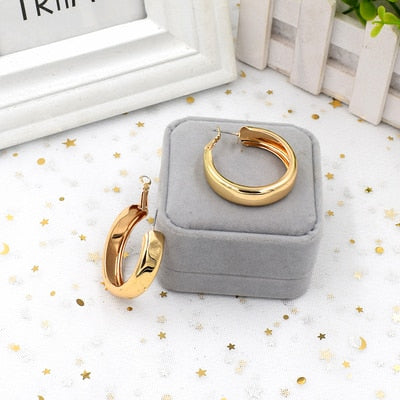 HUANZHI 2019 New Minimalist Gold Metal Large Circle Geometric Round Big Hoop Earrings for Women Girl Wedding Party Jewelry