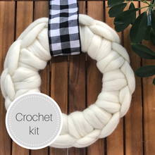 Load image into Gallery viewer, Crochet wreath kit