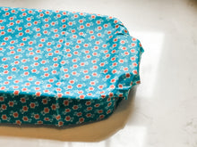 Load image into Gallery viewer, Beeswax food wraps kit