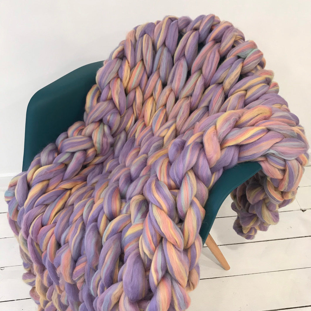 Chunky knit merino wool blanket - 30x50 inches