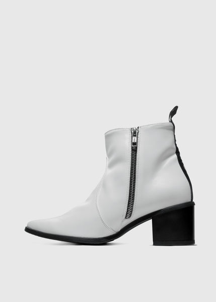 SWAN Boots White - Desserto® vegan cactus leather