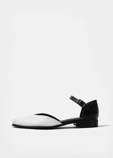 ALEXA Pumps - White Tips - Desserto® vegan cactus leather