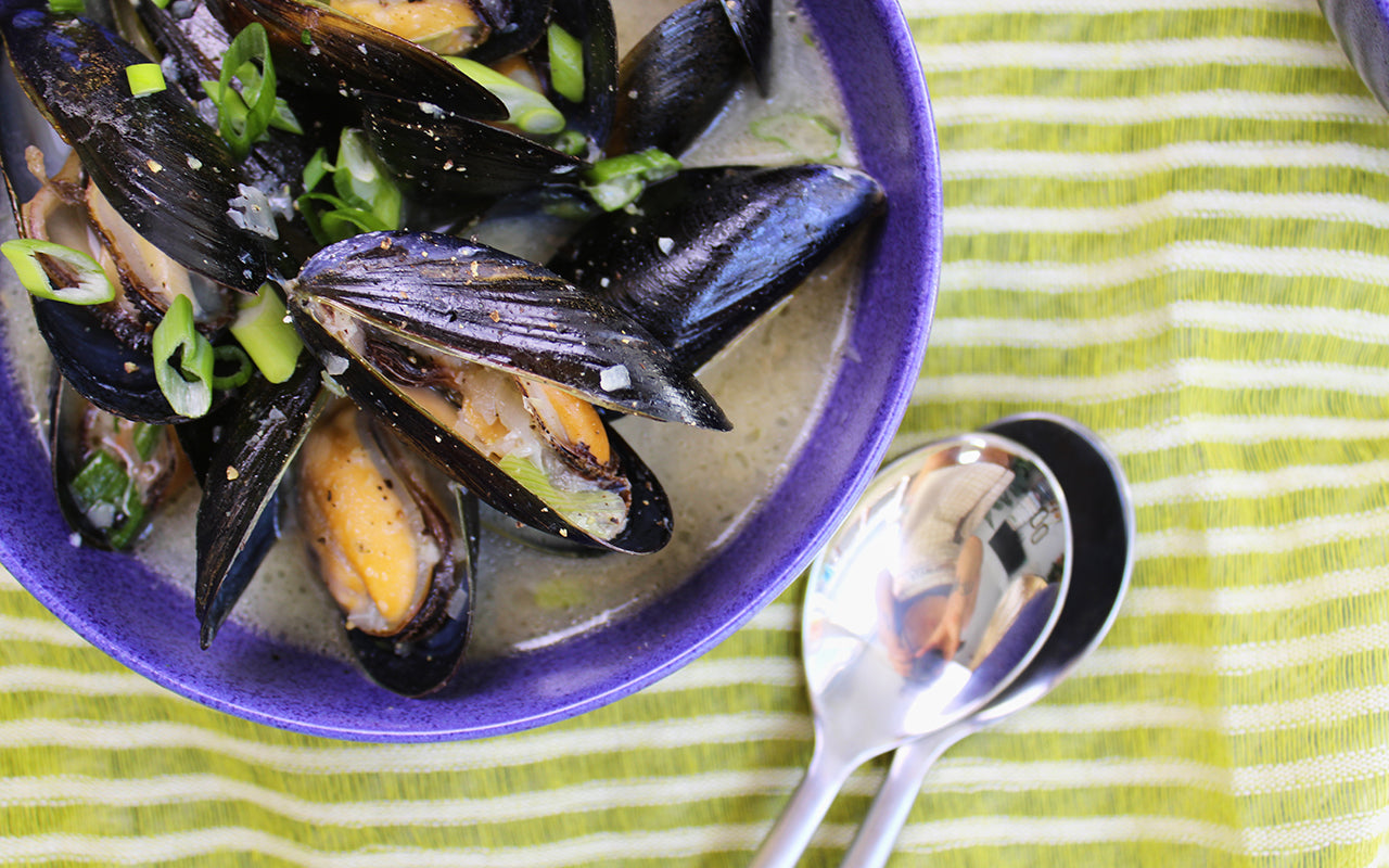 miso steamed mussels