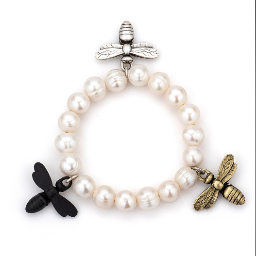 Single Strand Fresh Water Pearl With Bee Trifecta