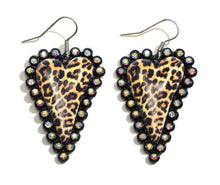 Load image into Gallery viewer, Leopard Heart Studded Earrings
