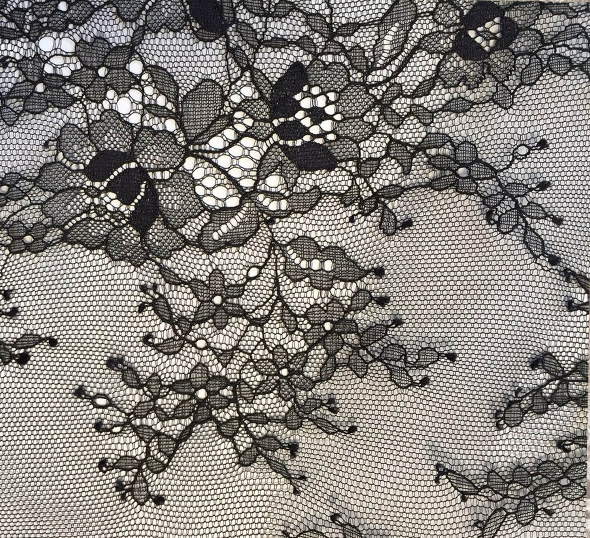 Katya Chain Body by Tatu Couture.Close up detail of lace.